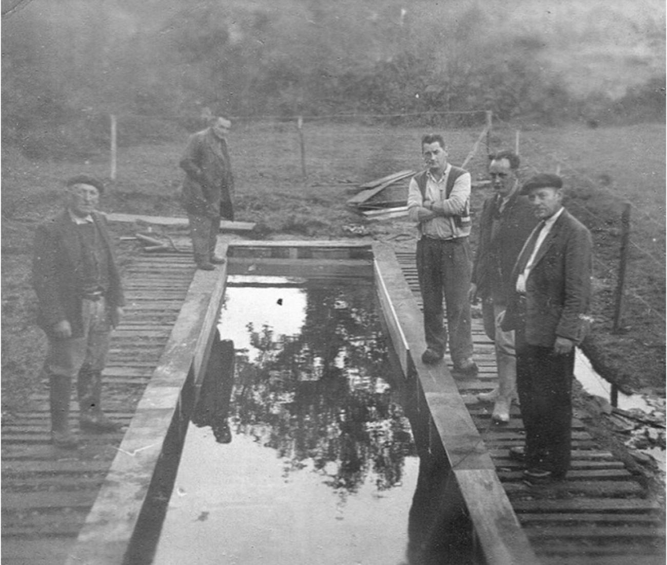 Pisciculture de Kerleo créée en 1956 - Visite des élus locaux